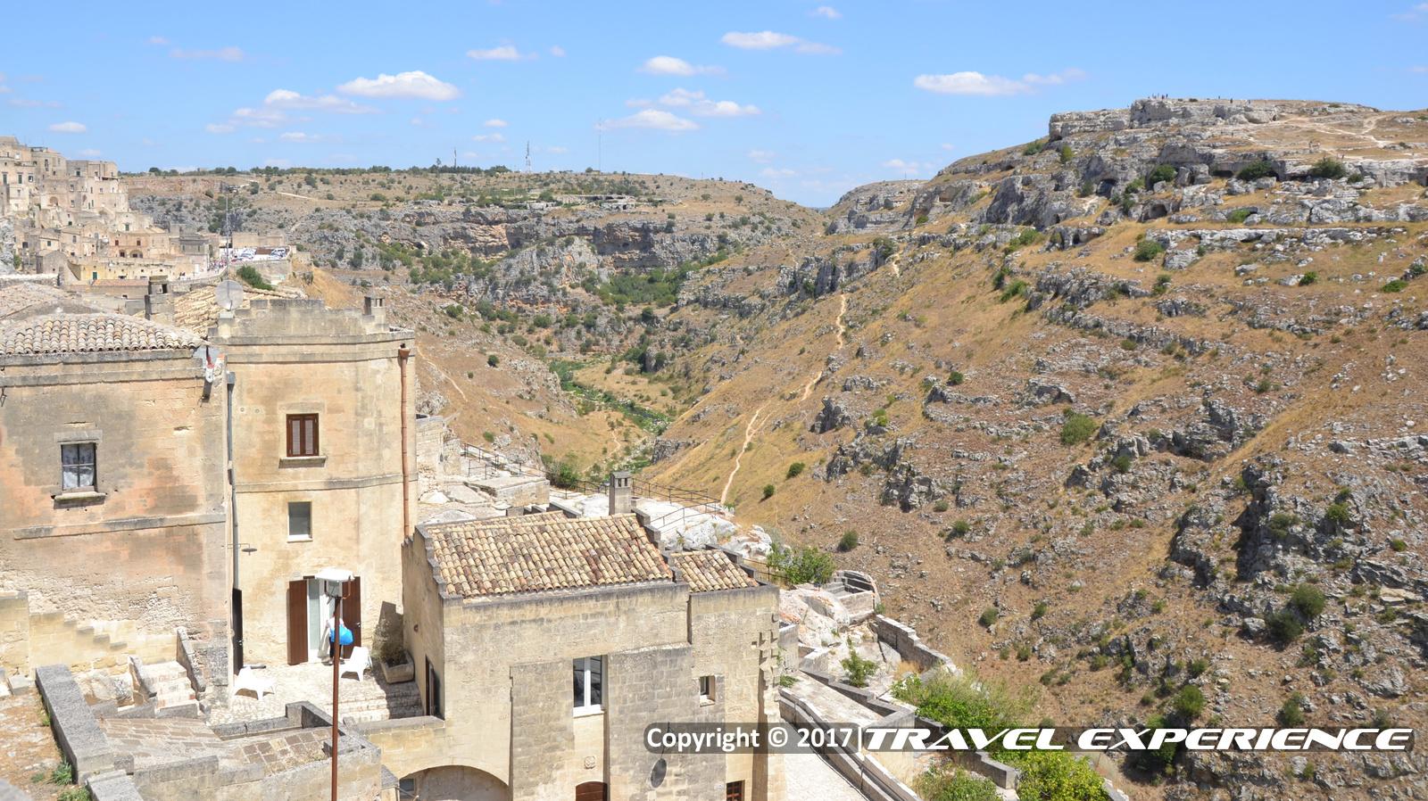 foto panorama dei calanchi a Matera