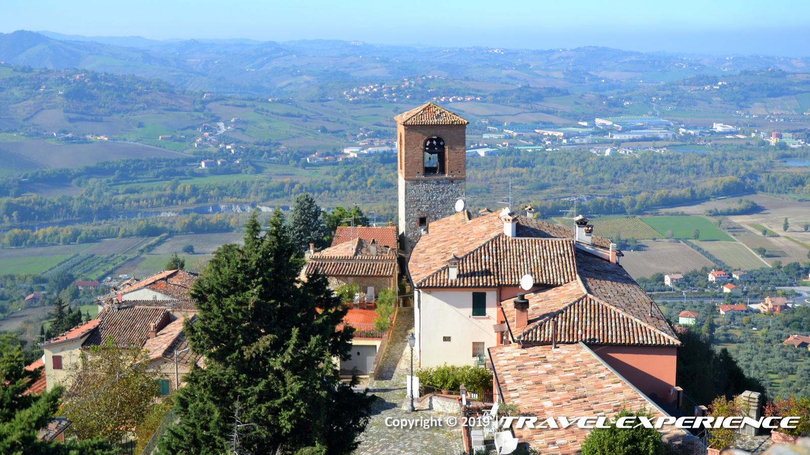 panorama dal castello di Montebello, detto di Azzurrina