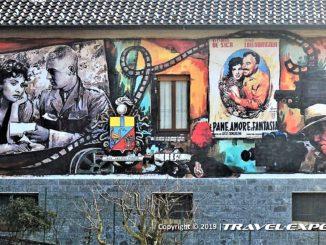Legro murale cinema al muro
