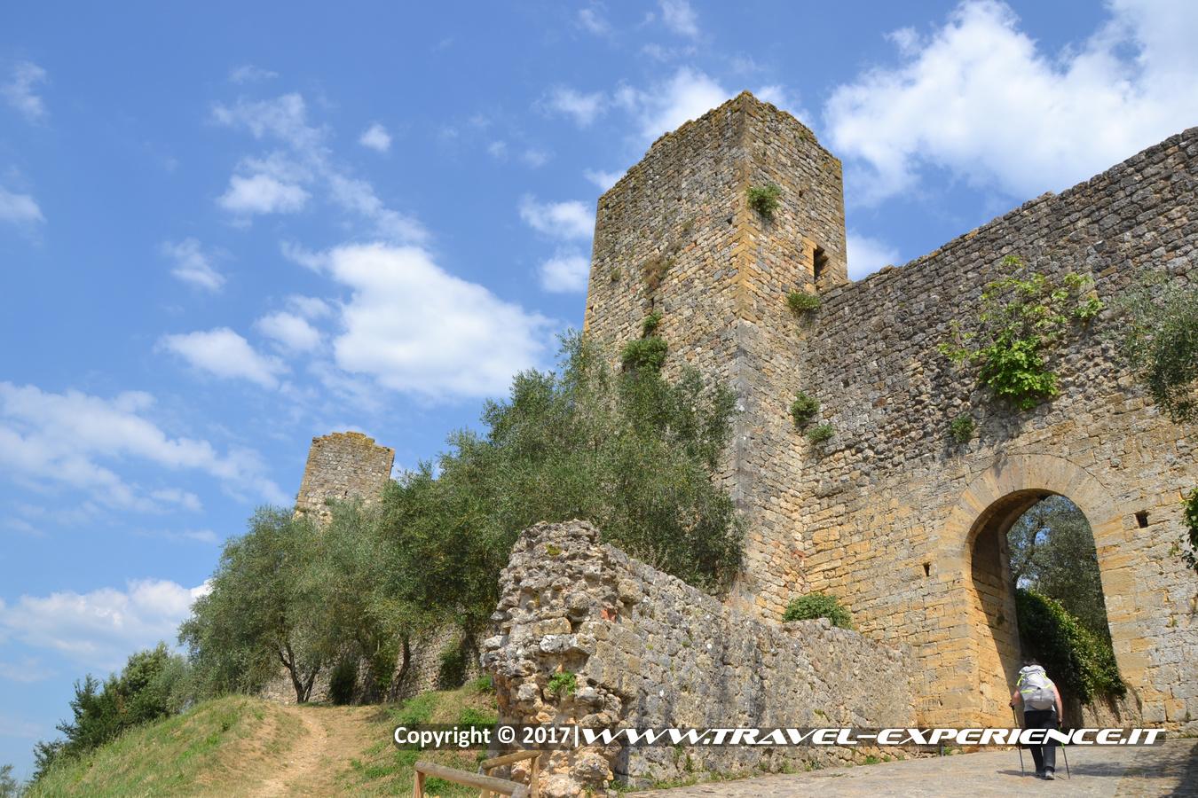 Foto torre di Monteriggioni