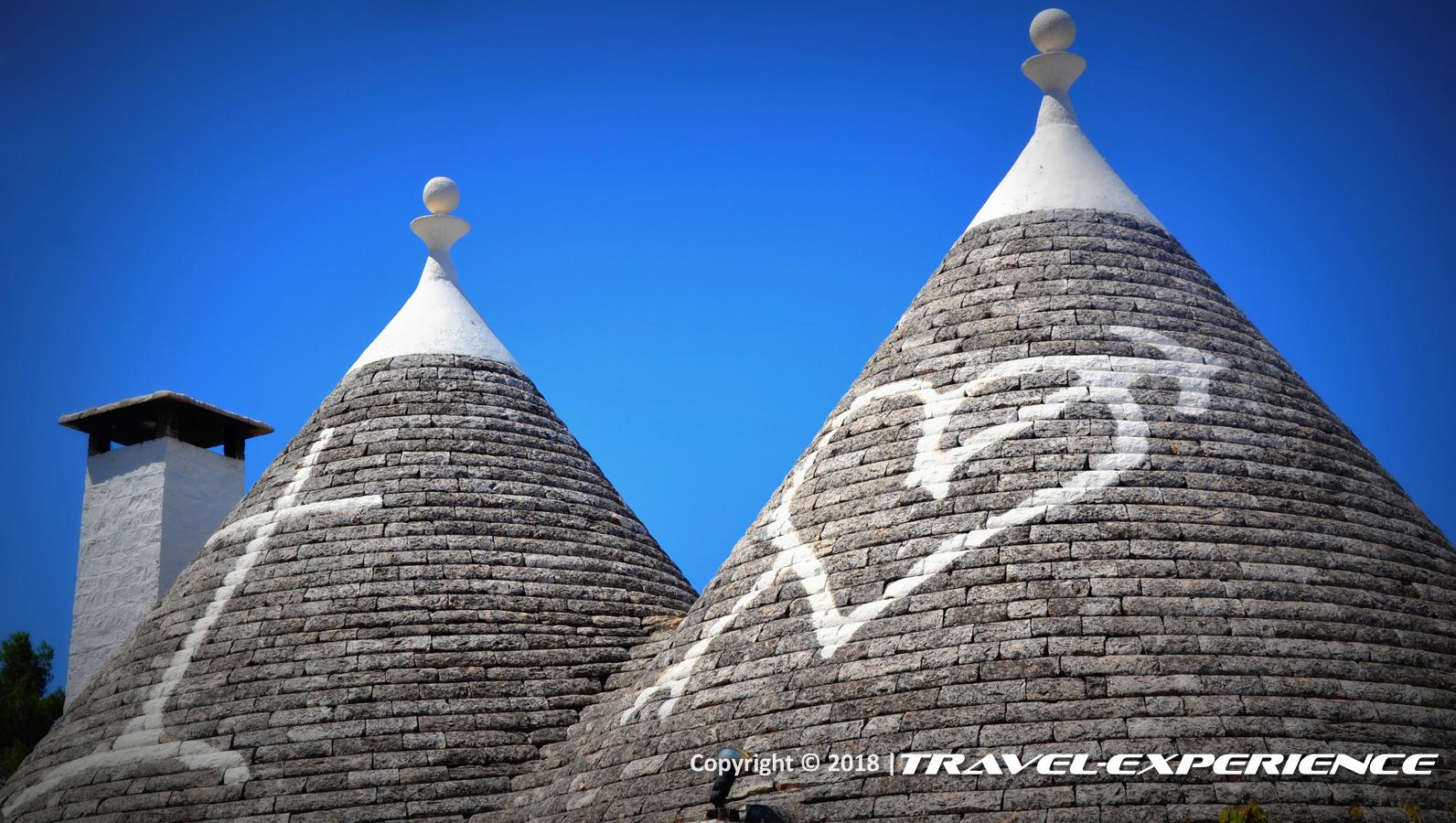 foto dettaglio tetti dei trulli di Alberobello