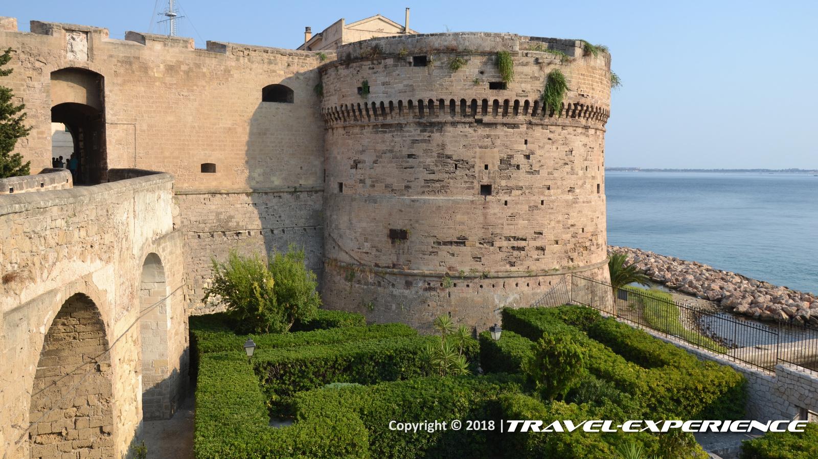 foto torre Castel Sant'Angelo, il Castello aragonese di Taranto