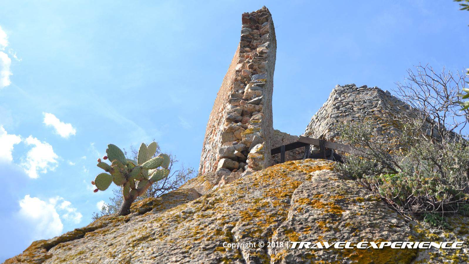 foto profilo torre del Castello di Acquafredda