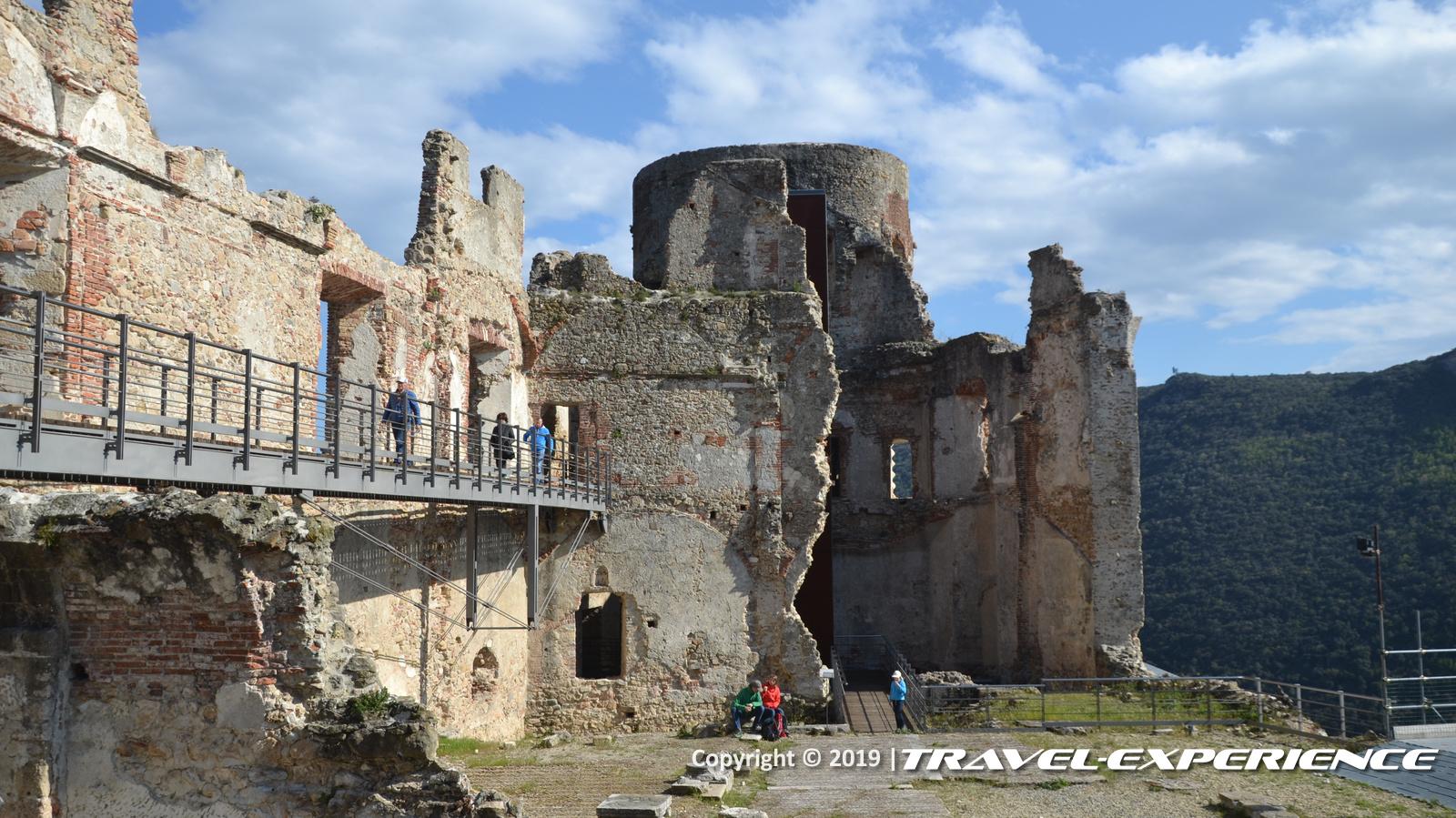 Finalborgo, Finale Ligure, Castel Gavone
