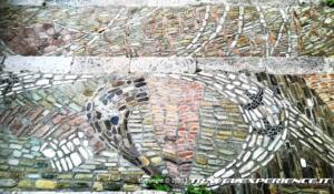 """Muro Lucano, particolare della scalinata """"Le parole sono pietre"""""""